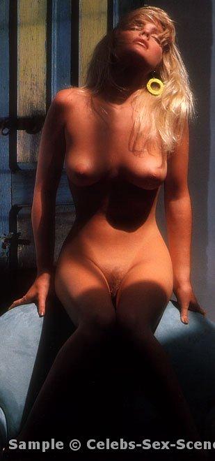 New Nude Pictures And Videos Get Free Bonus Paris Hilton S Se Tape