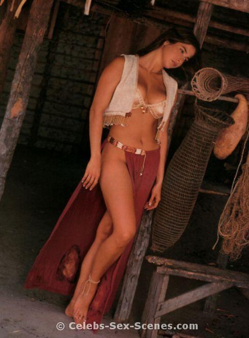 Lyndsey lohan boob slip