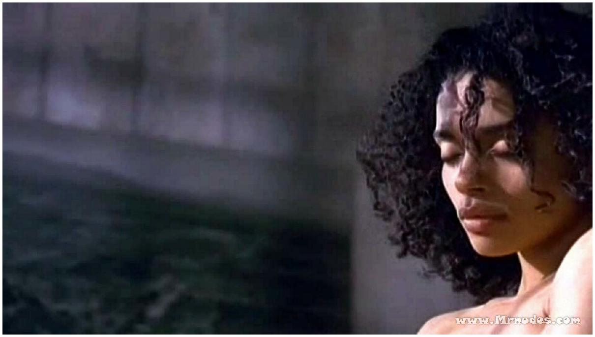 lisa bonet totally naked