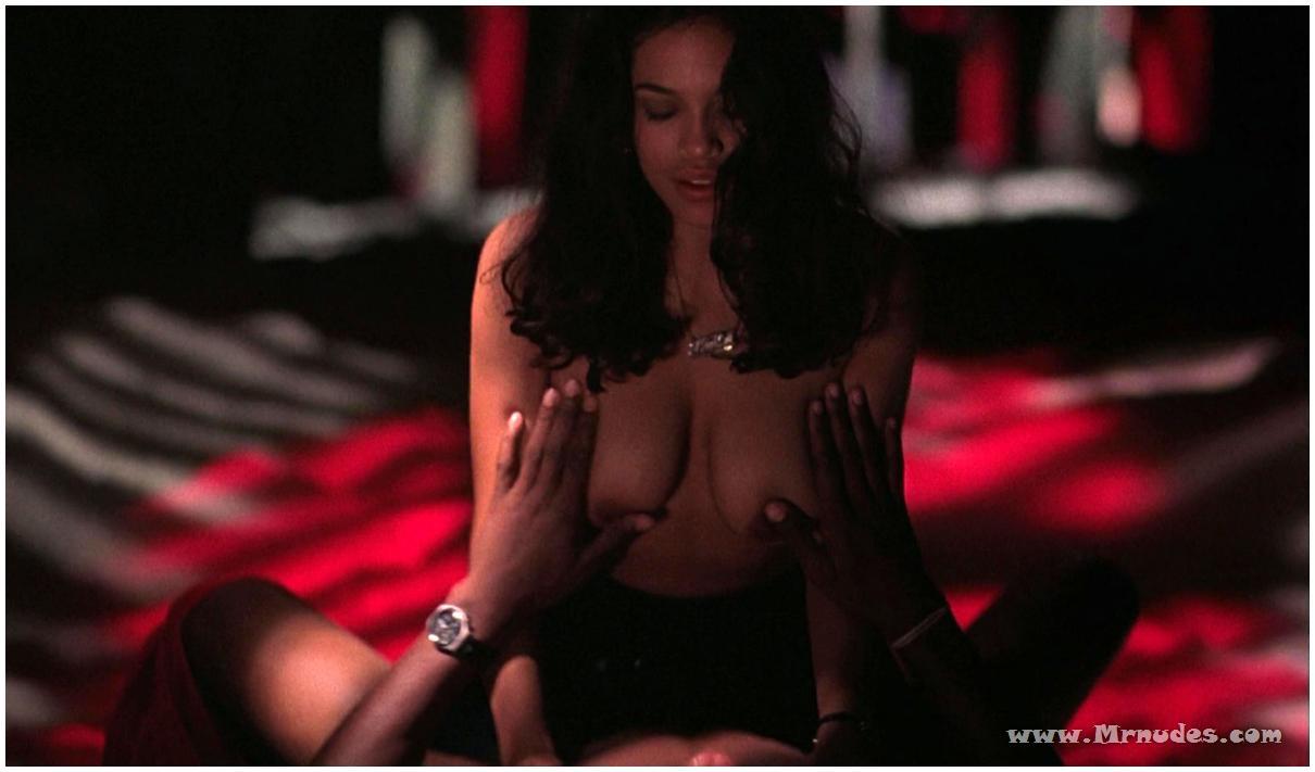 Osario vampire nude scene naked movie
